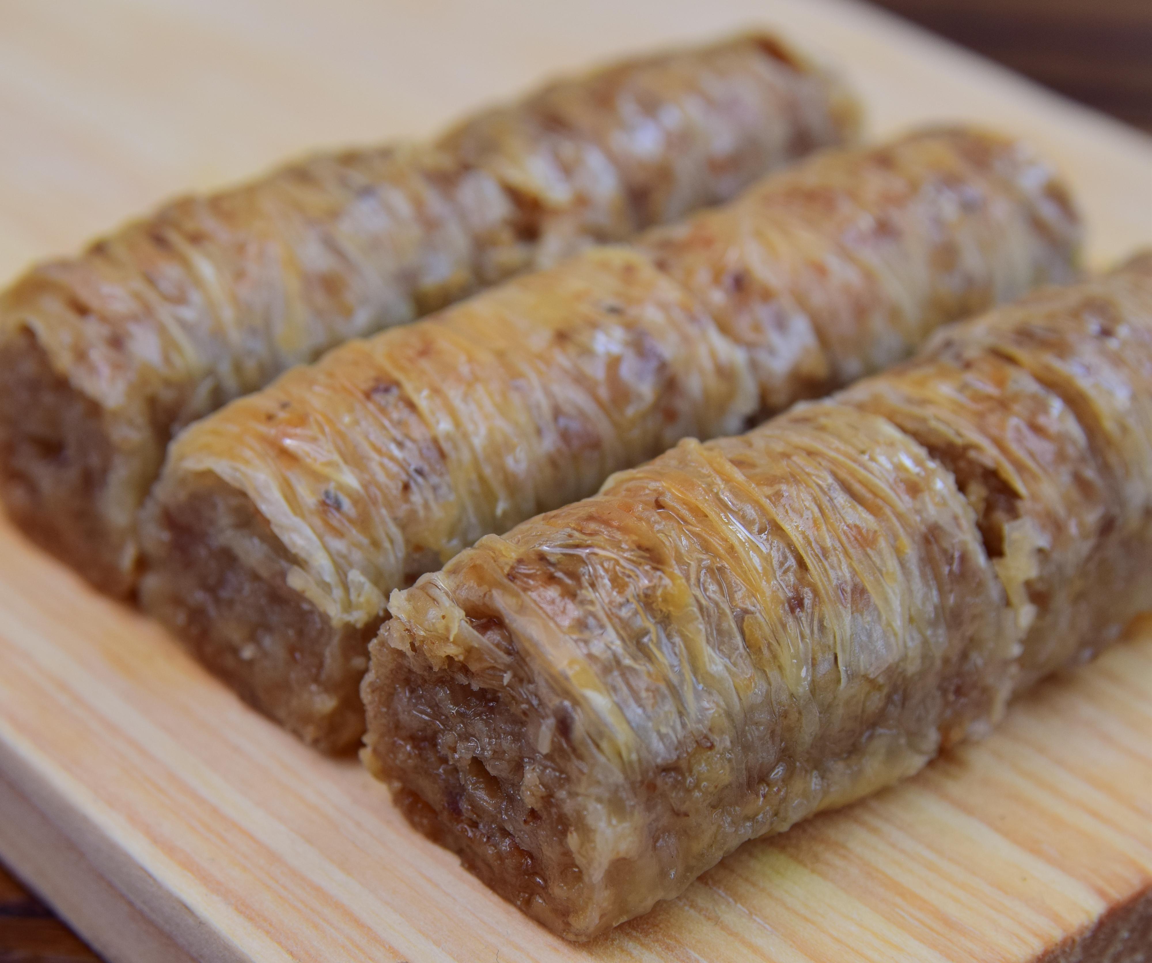 Wallnut Roll